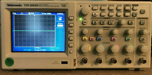 Tektronix Tds2004b 4 ch 60 Mhz 1gs s Digital Storage Oscilloscope W 4 New Probes