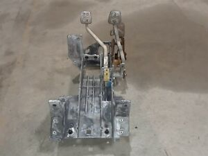 97 04 Corvette C5 Clutch And Brake Pedal Assembly Manual Trans Aa6468