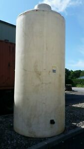 1900 Gallon Poly Tank Great For Landscaping Brine Water Fertilizer Storage