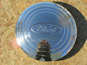 1932 33 Ford Hubcaps Set Of 4 Brand New