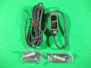 Omron Photoelectric Switch Sensor E3s cd11 New