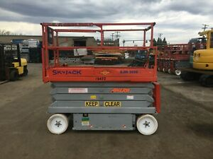 2007 Skyjack 3226 Scissor Lift 26 Deck Hgt 32 Work Hgt Extendable Deck 24v