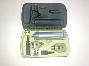 Welch Allyn Diagnostic Kit D Cell Handle Oto 240 Ophth 114 W battery Extra Bulb