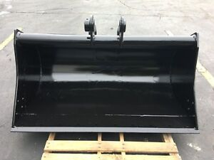 New 60 Ditch Cleaning Bucket For A Komatsu Pc60 5