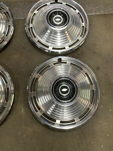 Vintage Set Of 5 1966 Chevrolet 14 Hubcaps Chevelle Malibu