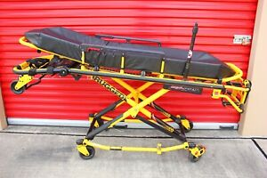 Stryker Mx pro 650lb Ambulance Stretcher Brake O2 Iv Mattress Gurney Cot Ferno 1