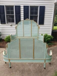 Most Adorable 1920 S Shabby Aqua Painted Curvy Caned French Carved Full Size Bed