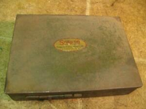 Vintage Snap On Tool Box With Flat Rate Valve Tools