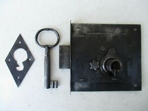 Antique Vintage Door Iron Lock Key Locking Complete With Cover Plate Key Hole