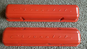 Old School Vintage Chevrolet Script Factory Steel Valve Covers Sbc Staggerd Bolt