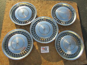1975 1976 1977 Oldsmobile Cutlass 15 Wheel Covers Hubcaps Lot Of 5