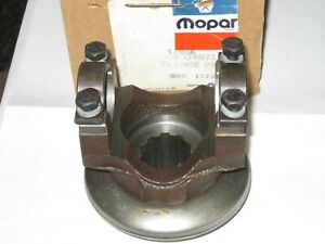 Nos Mopar 3004842 8 3 4 Yolk 7260 Ujoint Coarse Spline 741 742 8 3 4 Cases