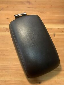 2012 2014 Ford Focus Center Console Lid Armrest Arm Rest Black Long Version Oem