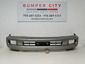 Oem 2003 2004 2005 2006 2007 Toyota Land Cruiser Front Bumper Cover 52119 60550
