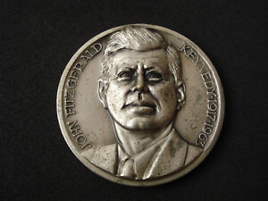 President Kennedy Inauguration medal US seal 50 mm silvered $79.99