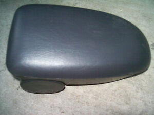 2000 2007 Ford Focus Center Console Arm Rest Graphite Charcoal
