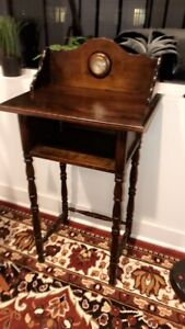 Rare H T Cushman American Colonial Table With Clock Original
