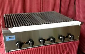 New 36 Snack Size Radiant Char Broiler 18 Cooking Surface Stratus Ssrb 36 3281
