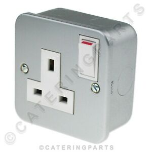 Metal Clad 13 Amp Single 1 Gang Switched Electrical Mains Wall Plug Socket 13a