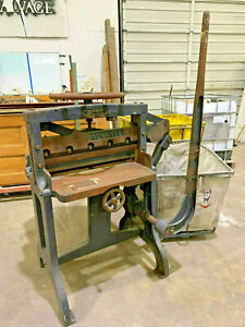 1930 s Challenge Machinery Guillotine Paper Cutter Works Perfectly Beautiful
