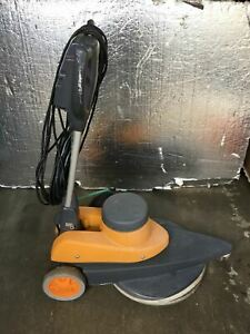 Taski Ergodisc 1200 Type 50 Shsc Series 0210 Electric Floor Buffer Working