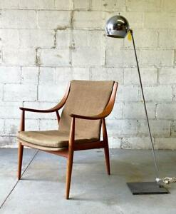 Mid Century Modern Teak Lounge Chair By Peter Hvidt For John Stuart
