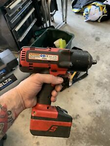 Snap on Ct7850 1 2 Drive Impact Wrench Cordless 18v With 1 Battery