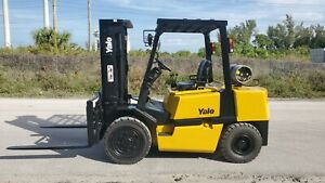 Yale Forklift 9000 Lbs Pneumatic Tires Glp090lgn