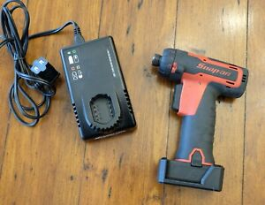 Snap On Cts761a Cordless Hex Micro Impact Driver W Charger Used