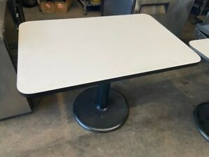 42x28 Dining Table White 4 Top Round Metal Stand Hd Base Restaurant 3959