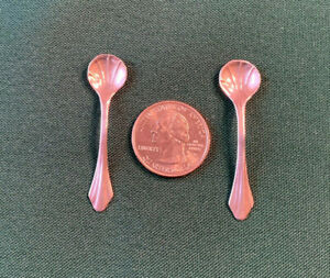 Tiny Pair 2 Antique Or Vintage Sterling Silver Shell Salt Spoons 2 Length