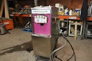 Taylor 794 33 Custard Ice Cream Yogurt Soft Serve Water Cooled 3 Phase Machine