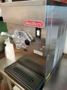 Saniserv Margarita Frozen Beverage Slush Machine