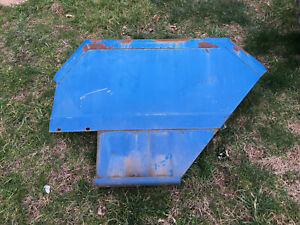 Tx15049 A Used Rh Fender For A Long 460 480 510 520 560 610 680 Tractors