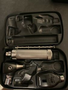 Welch Allyn W Otoscope Opthalmoscope Handle Case And Battery 30 Day Warranty