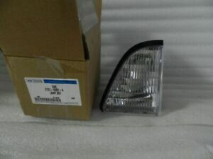 Nos New Original 1987 1993 Ford Mustang Driver Side Parking Light E7zz 13201 A