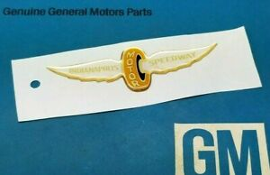 Nos 1993 Chevy Camaro Indy 500 Pace Car Gm Emblem Sail Roof Rear Taillight Panel