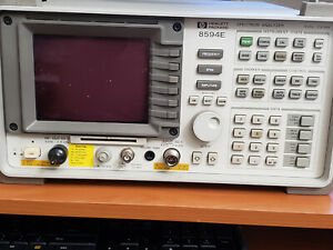 Hp Agilent 8594e 2 9 Ghz Spectrum Analyzer W Tracking Generator 010 041 119 140