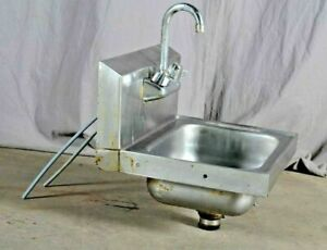 Commercial Stainless Steel Hand Washing Sink Faucet Bar Server Sink 18 W
