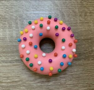Genuine Fred Desk Donut Push Pin Holder With 48 Push Pins Pre owned No Box