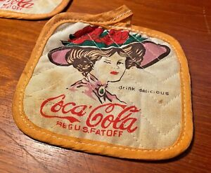 Coca Cola 1970s Hot Pot Holders Magnets Made In Taiwan You Get Two!