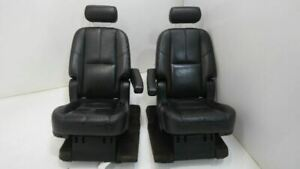 07 14 Yukon Denali Leather Second 2nd Row Captains Chairs Seats Carpet Armrest
