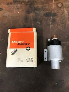 Delco Remy New Old Stock Starter Solenoid 1119885 Loc Aa2