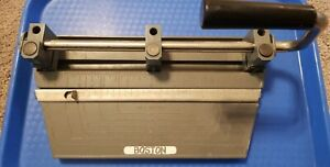 Vtg Boston 3 hole Heavy Duty Metal Hole Punch With Adjustable Hole Positions