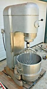 Hobart 140 Quart V1401 Mixer With Bowl And Attachments