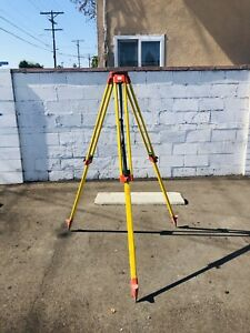 Leica Leica Wooden Tripod For Surveying Equipment Gst05 106cm 176cm