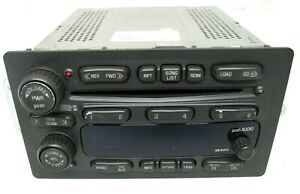2003 Chevy Suburban 1500 Am Fm Cd Player Radio Oem