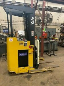 Yale Electric Narrow Aisle Reach Warehouse Forklift