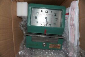 Acroprint Time Recorder Model 150nr4 Punch Card Time Clock Key Ink Cards