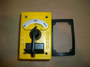 Rees On Off Rotary Contact Selector Switch 04910 100